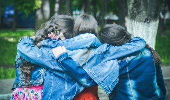 Hechizo para recuperar a una amistad